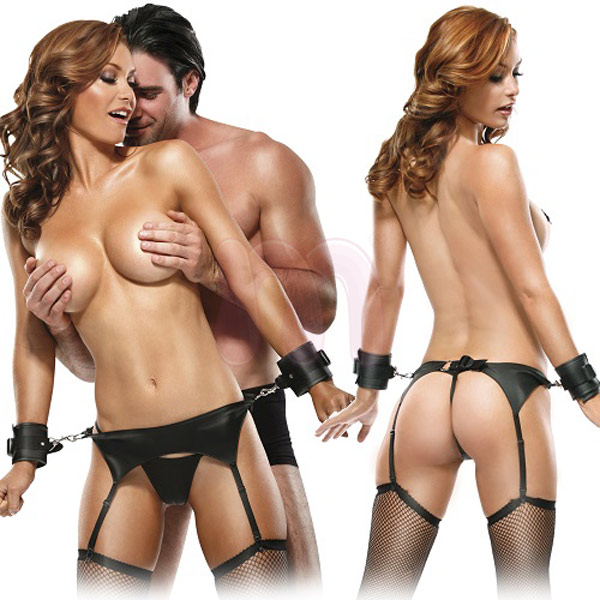 Набор бодажа «Fetish fantasy series bondage garter belt set»